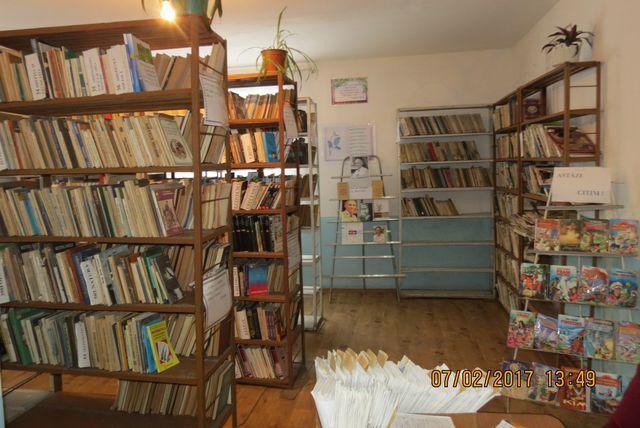 Biblioteca publică a satului Măgdăcești.